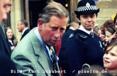 Viscount Monckton fordert Seine Königliche Hoheit Prince Charles heraus, mit ihm über die Apokalypse zu debattieren