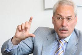 Fritz Vahrenholt am 13. August 2013 bei Podiumsdiskussion zum Klimawandel in Hamburg