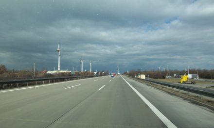 Unzuverlässige und ungenügende Versorgung ändert sich auch nicht, wenn weitere Wind- und Solarstromanlagen hinzugefügt werden.
