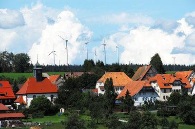Report verknüpft Windturbinen mit Gesundheitsproblemen der Menschen