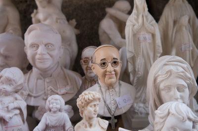 Papst ignoriert die bedeutende Rolle fossiler Treibstoffe beim Aufblühen der Menschheit