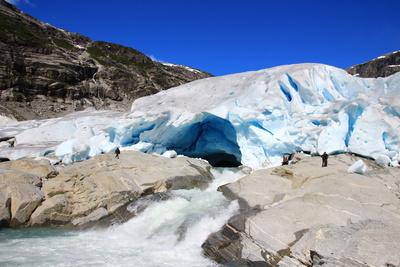 Was ein Ingenieur hinsichtlich der Behauptungen über Schmelzen in Arktis und Antarktis erstaunlich findet