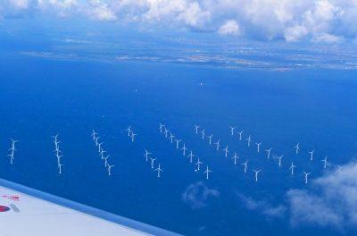 Windparks werfen Windschatten – Effizienverluste für Offshore-Anlagen zu erwarten