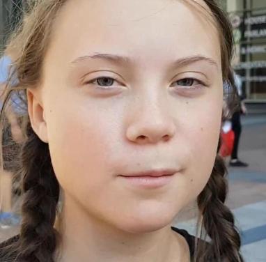 """""""Die Kaiser sind nackt"""": Greta Thunberg begeistert von Corona-Angst?"""