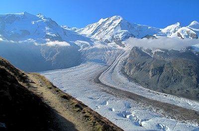 Trauerfeier für durch die globale Erwärmung verlorenen Gletscher