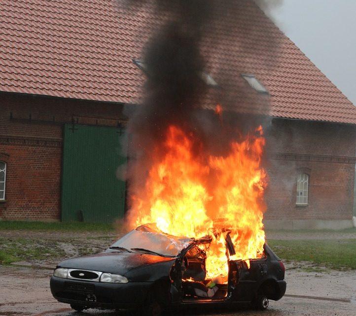 Elektroautos : Die unterschätzte Gefahr*